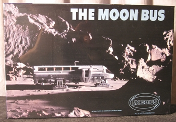 2001 Space Odyssey 1:55 scale Moon Bus Plastic Model Kit