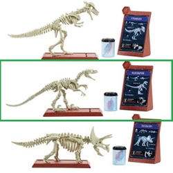 Jurassic World: Fallen Kingdom Velociraptor Fossil Strikers Kit